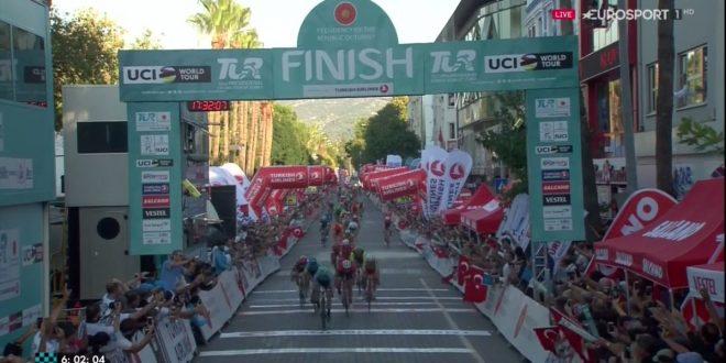 Giro di Turchia 2017, Bennett cala il tris. Terzo Consonni