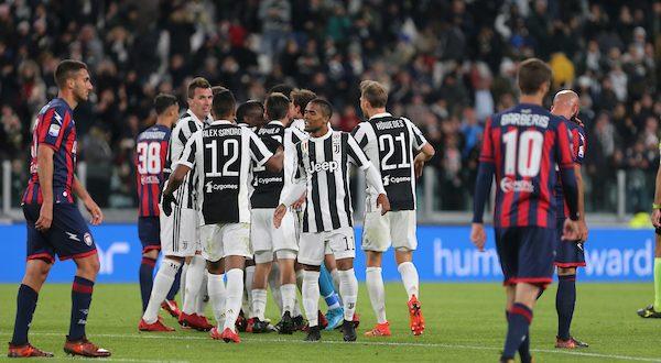 Serie A, 14ª giornata: Juventus-Crotone 3-0, ora testa al Napoli