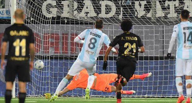 Serie B, 17ª giornata: Bari, niente fuga, gode l'Entella; pari ad Avellino