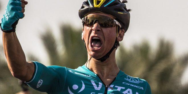 Tour of Oman 2018, volata vincente di Coquard. Terzo Nizzolo