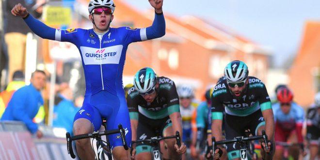 Giro della Catalogna 2018, gran volata di Hodeg