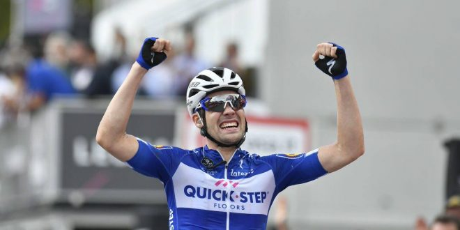 Giro d'Italia 2018, la fuga premia Schachmann. Dumoulin stacca Yates
