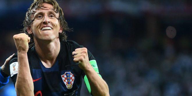 Modric rompe il duopolio CR7-Messi: al croato il Pallone d'Oro 2018