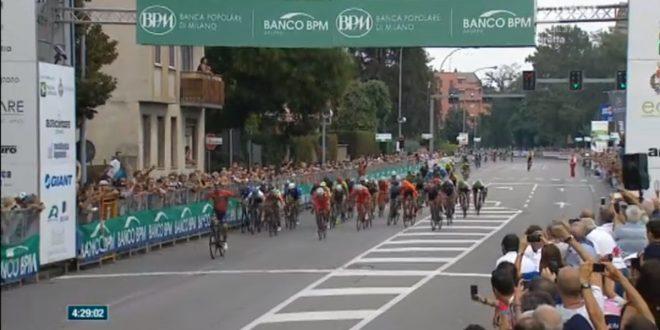 Coppa Bernocchi 2018, sprint prepotente di Colbrelli