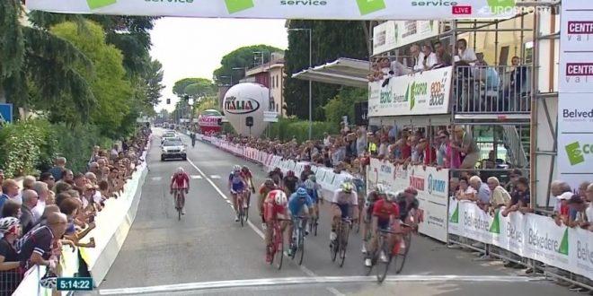 Moscon scatenato, nuovo capolavoro al Giro della Toscana 2018