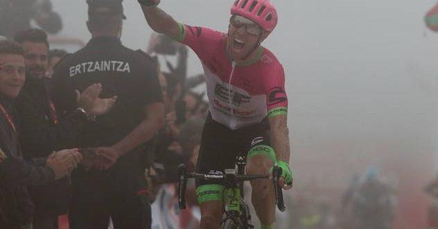 Vuelta a Espana 2018, a Balcón de Bizkaia vince Woods