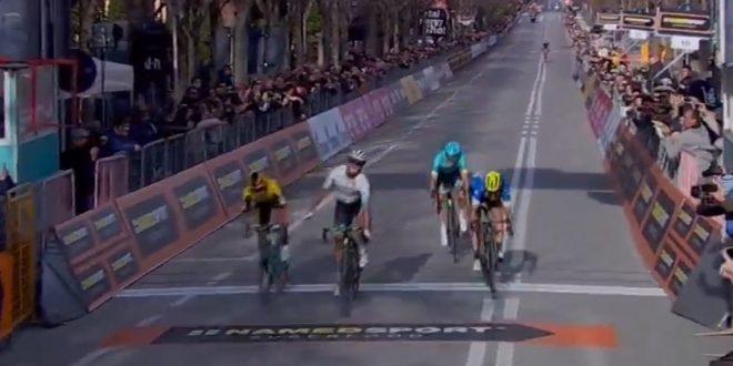 Tirreno-Adriatico 2019, Lutsenko più forte della sfortuna a Fossombrone