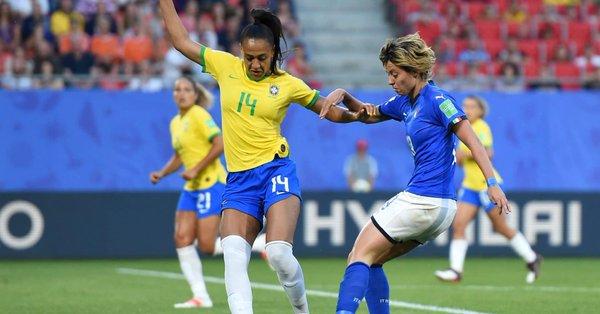 Mondiali calcio donne 2019: Brasile piega Italia, ma azzurre agli ottavi da prime