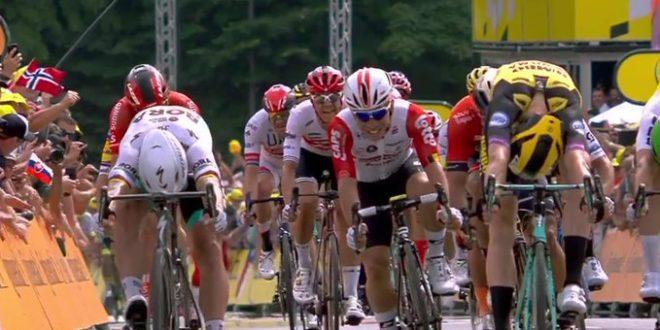 Tour de France 2019, sorpresa Teunissen a Bruxelles: vittoria e maglia gialla
