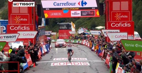 Vuelta a Espana 2019, ad Andorra splende la stella Pogacar. Quintana in rosso