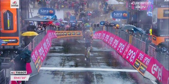 Giro d'Italia 2020, un Guerreiro a Roccaraso. Nibali poco brillante
