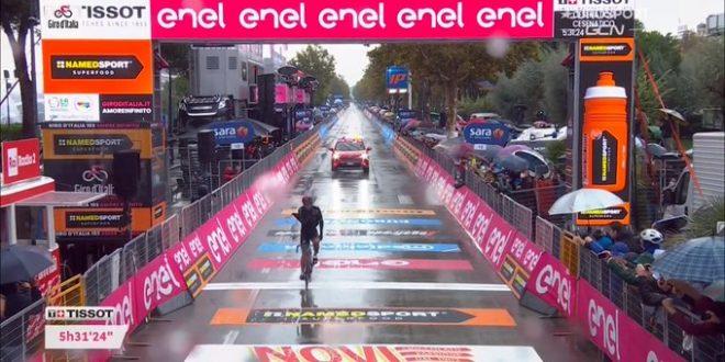 Giro d'Italia 2020, Narvaez in solitaria a Cesenatico