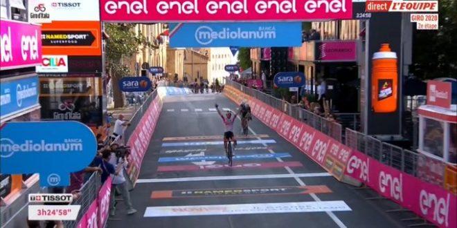 Giro d'Italia 2020, colpaccio Ulissi ad Agrigento