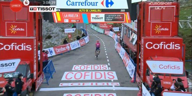 La Vuelta 2020, Carthy re dell'Angliru. Carapaz torna in rosso