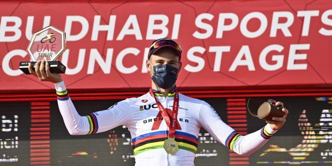 UAE Tour 2021, super Ganna a crono. Alpecin lascia la corsa per Covid