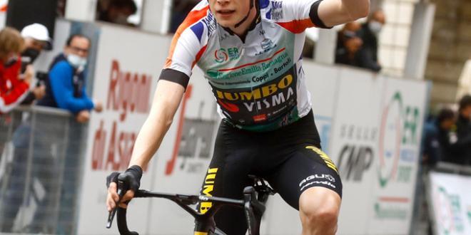 Vingegaard vince la Settimana Coppi e Bartali 2021, ultima tappa a Honoré