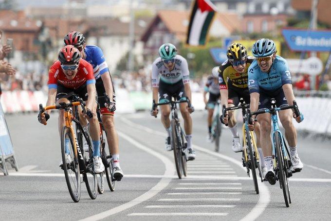 Giro dei Paesi Baschi 2021, Izagirre primo a Hondarribia, McNulty nuovo leader